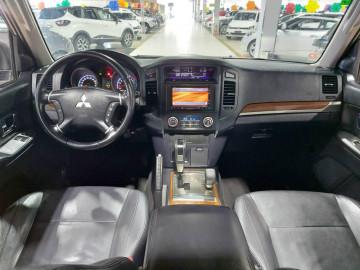 Mitsubishi Pajero Full HPE FULL 3.8 V6 250CV 3P AUT. - 10/11
