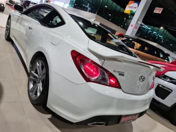 Hyundai Genesis COUPÉ 2.0 TURBO  - 10/10